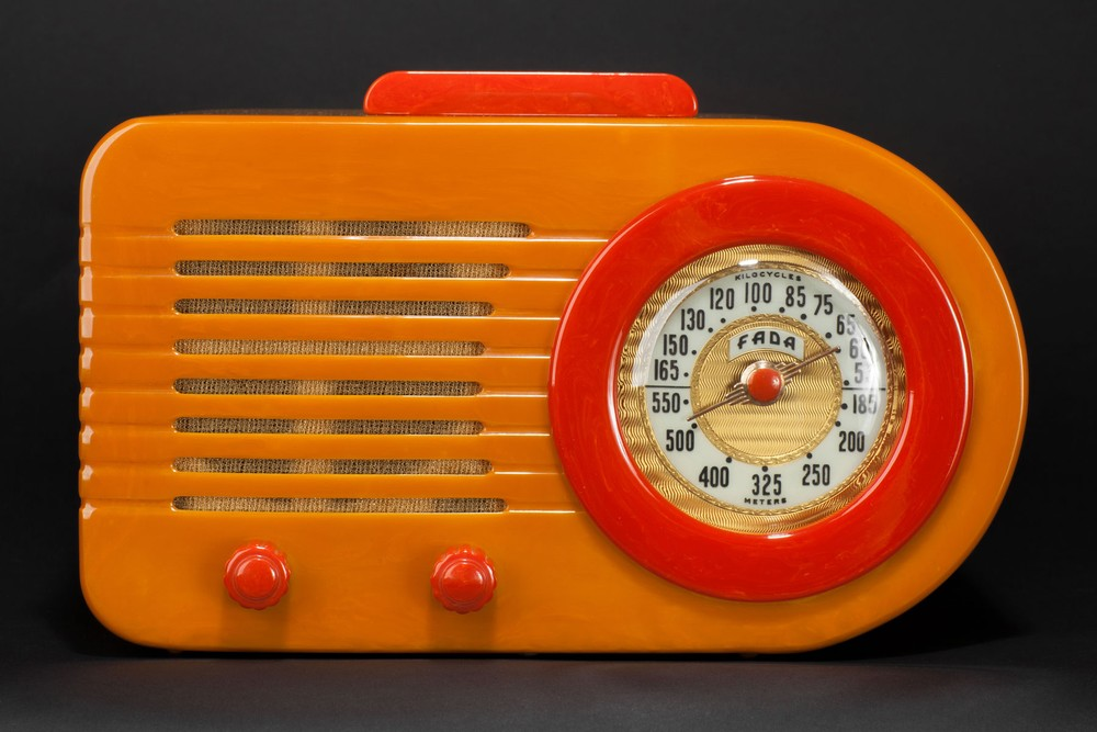"FADA 1000 ""Bullet"" Catalin Radio in Butterscotch + Red"